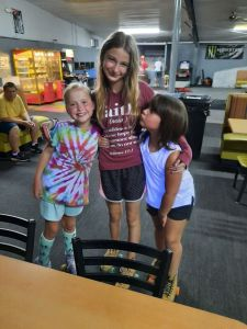 kendra izzie and Jaylee picture